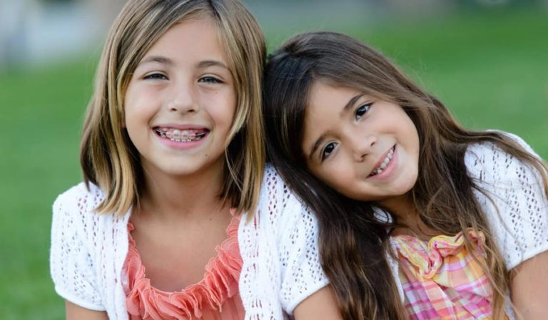 How to Use Orthodontic Wax for Braces