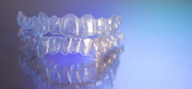 Plastic dental orthodontics