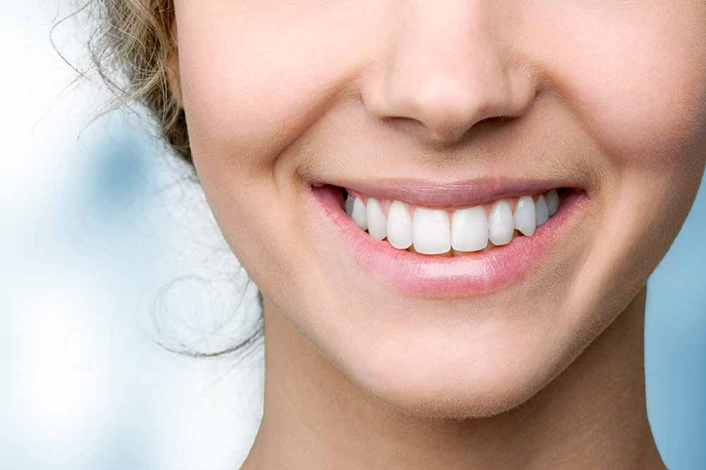 Diastema or Gaps Between Teeth: Causes and Solutions